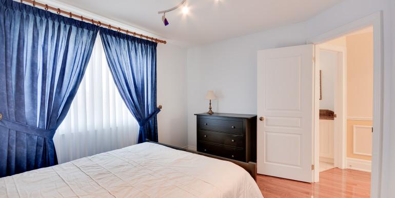 31_2ndbedroom2