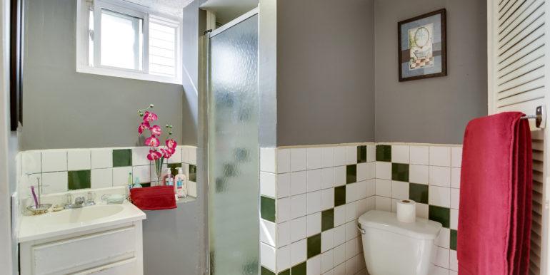 15_2ndbathroom1