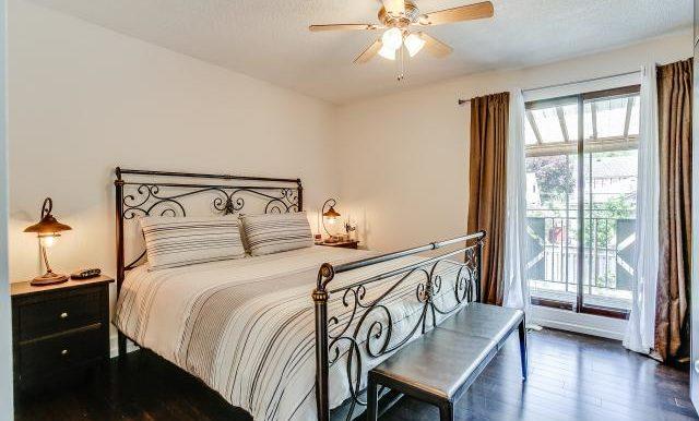 24_master_bedroom2