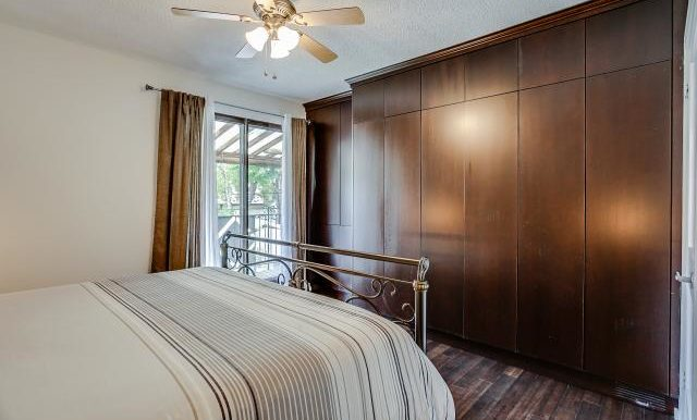 25_master_bedroom3