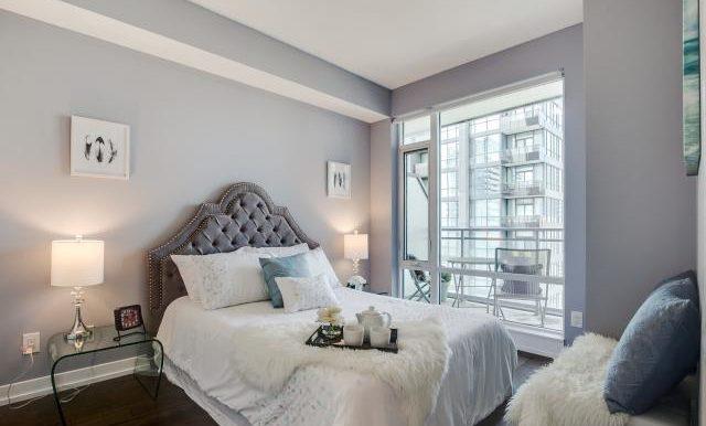 12_master_bedroom1