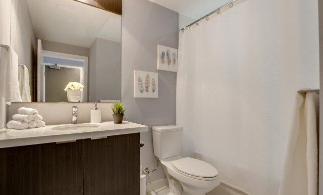15_bathroom1