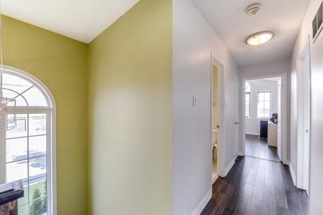 30_upper_hallway_1