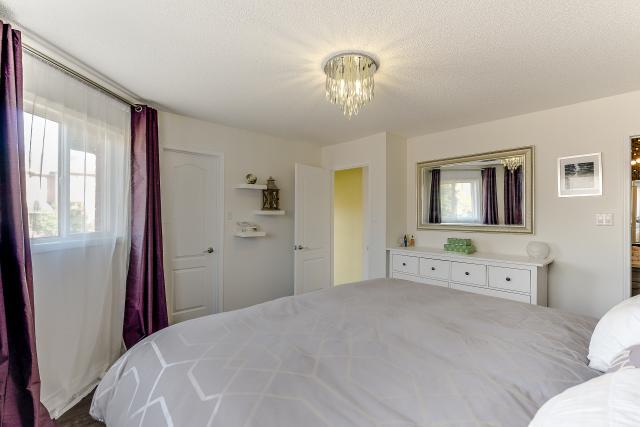 34_master_bedroom3