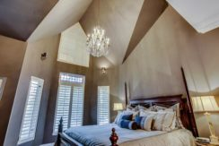 37_master_bedroom3