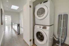 39_laundry_room1