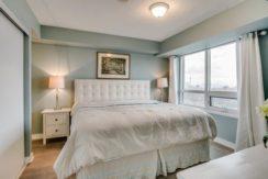 24_master_bedroom1