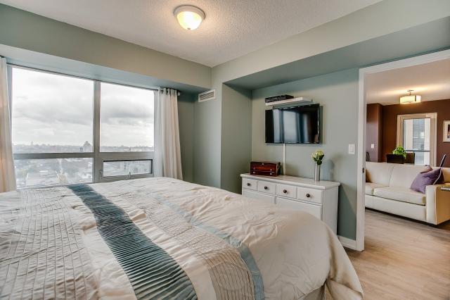 25_master_bedroom2