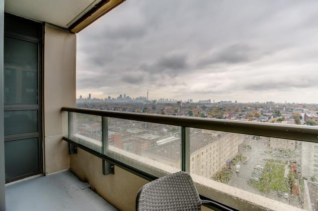 33_balcony3