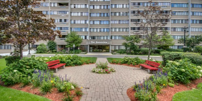 02_exterior_front_2