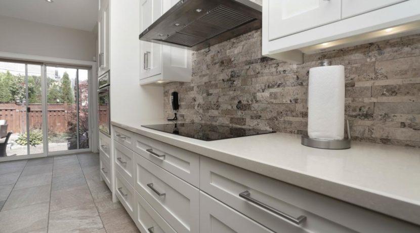 14_kitchen