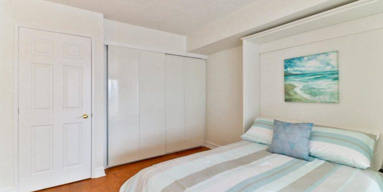 27_secondbedroom