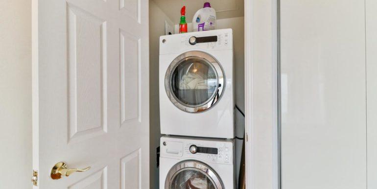 38_laundryroom