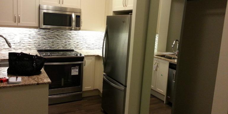 Kitchen & closet- 424