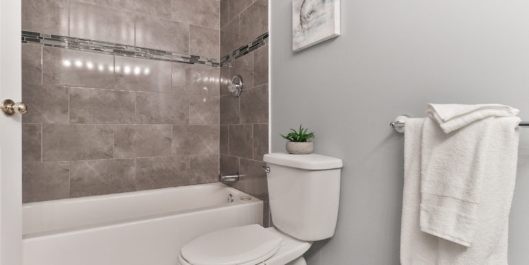 32_Second Bathroom