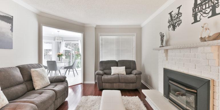 12_Living Room