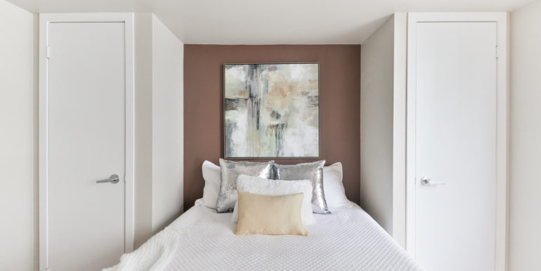22_Bedroom