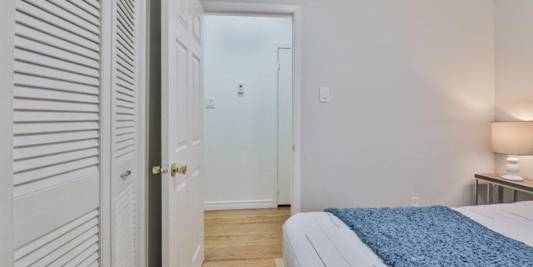 23_Bedroom