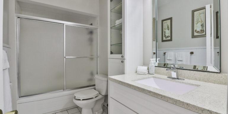 31_Bathroom