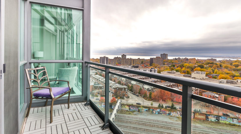 29_Balcony
