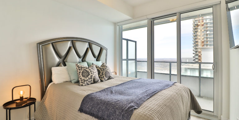 15_Master Bedroom