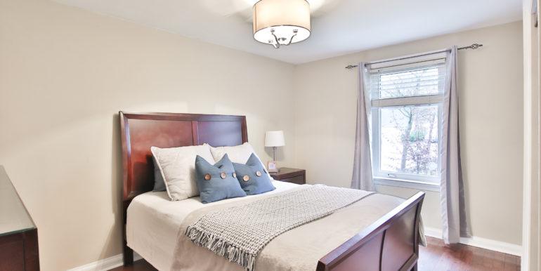 23_Master Bedroom