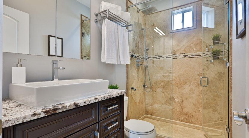 27_Second Bathroom