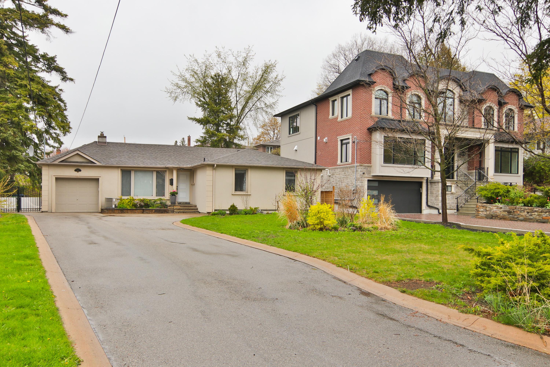 44 Greenbrook Dr, Toronto