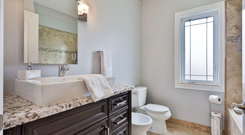 40_Bathroom