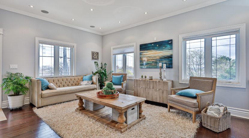6_Living Room