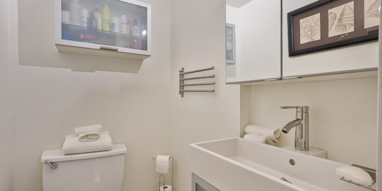 24_Second Bathroom