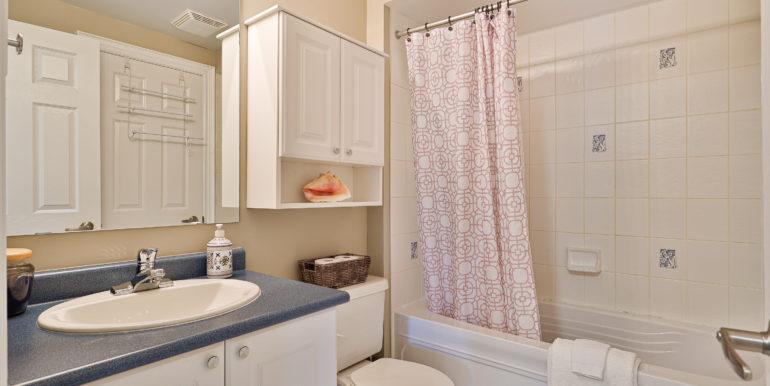 43_Bathroom
