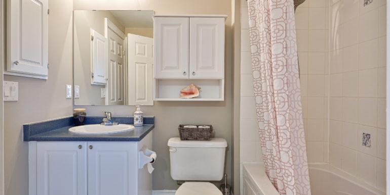 44_Bathroom