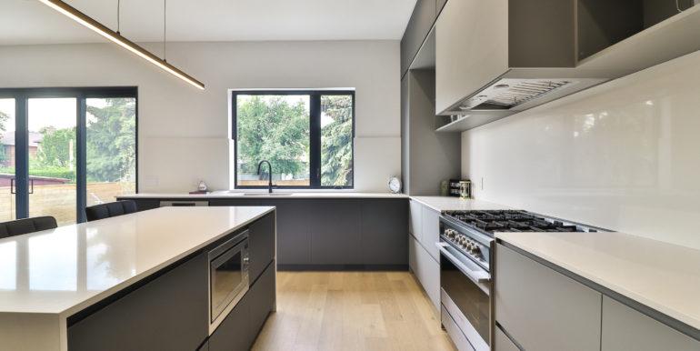 27_Kitchen