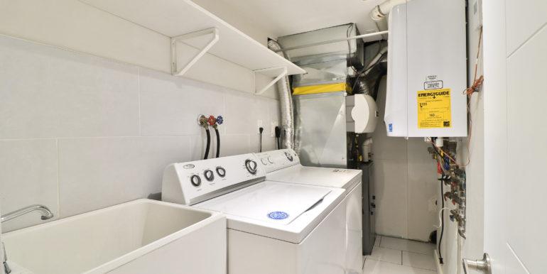 40_Laundry Room