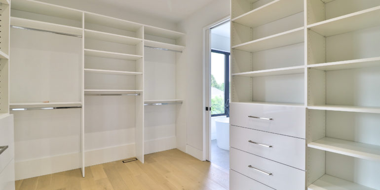 41_Master Bedroom