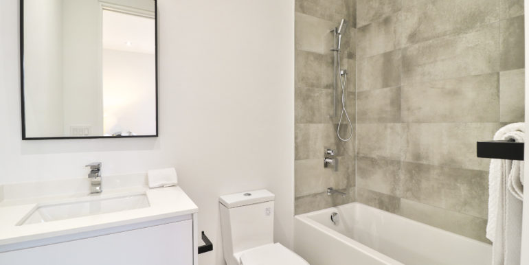 46_Second Bathroom